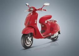 "Vespa 946 ""Red"""